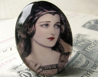 Medieval maiden glass oval cabochon, handmade in this shop, marsala red lips 40x30 30x40 40x30mm 30x40mm, fair woman, middle ages, black
