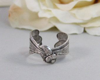 Dragonfly,Ring,Silver,Dragonfly Ring, Ring,Antique Ring,Silver Ring,Woodland,Wedding,Bridesmaid. Handmade jewelery by valleygirldesigns.