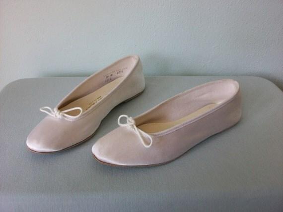 Satin Ballet Shoes ... Vintage 90's White Sateen Slipper Flats ... 8 1/2 / 39