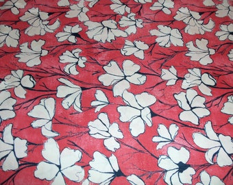 Michael Miller Day Lilies in Creme - 1 yard