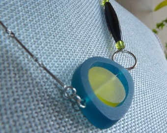 Midcentury Modern Resin Necklace Blue Green