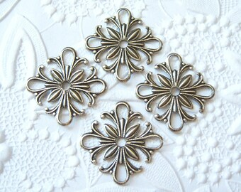 4 - Antiqued silver plated small square filigrees - AU170
