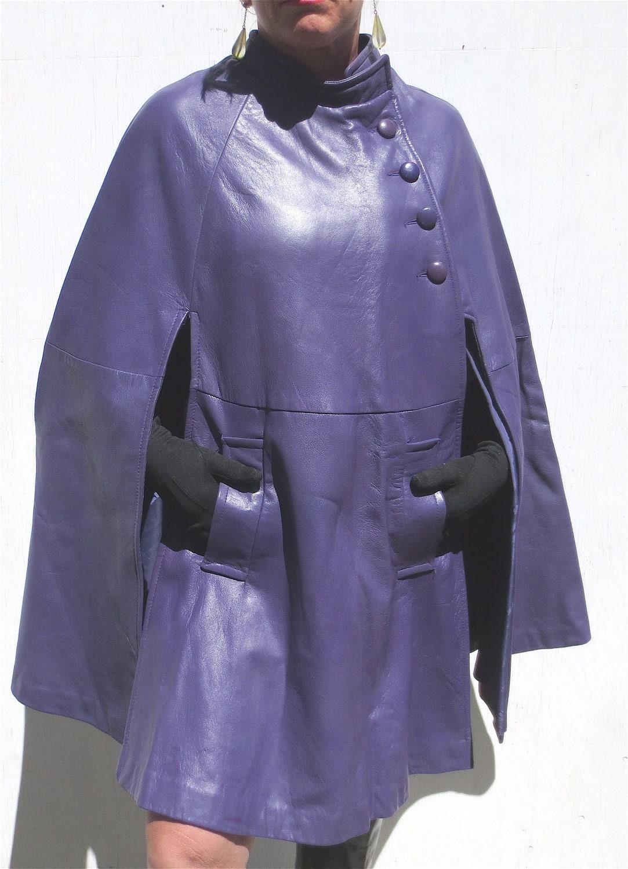Retro 1960s Mod Purple Leather Cape Vintage Capelet
