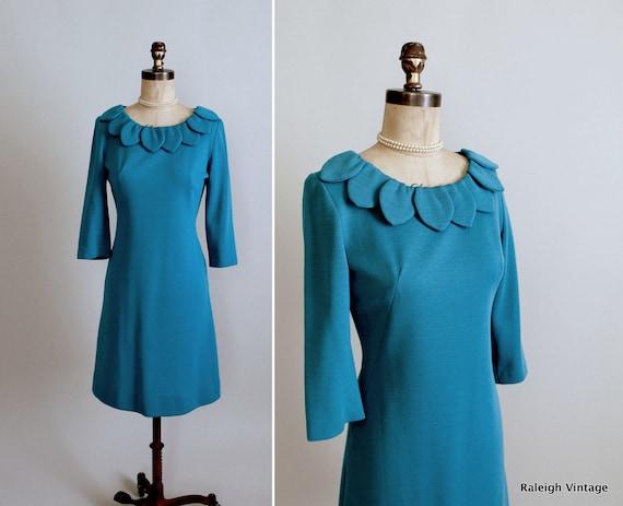 Vintage 1960s Dress : 50s 60s Wool Wiggle Dress