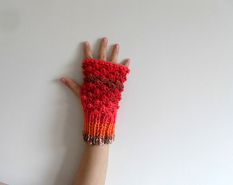 Fingerless Gloves, Driving Gloves, Steampunk Gloves, Ombre Coral Red, Blackberry Knit, Bubbles, Popcorn Knit, Winter Fashion, Multicolor