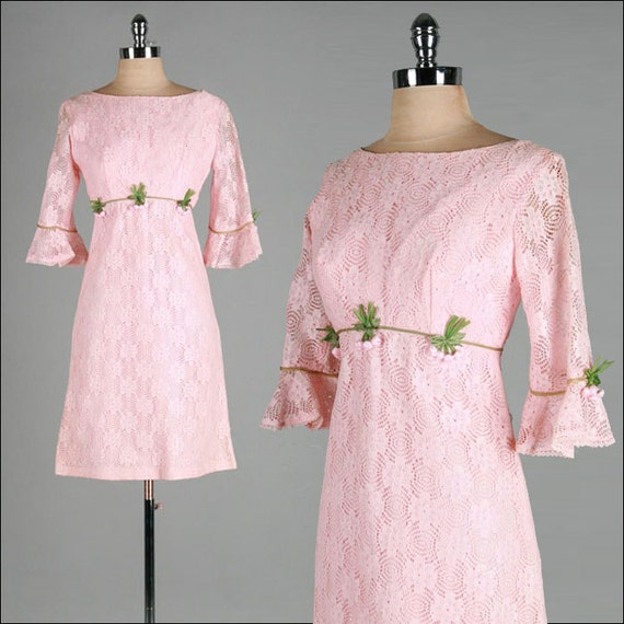 Vintage 1960s Dress . Pink Lace . Pink Flowers . Bell Sleeves . Empire Waist . M/L . 2113