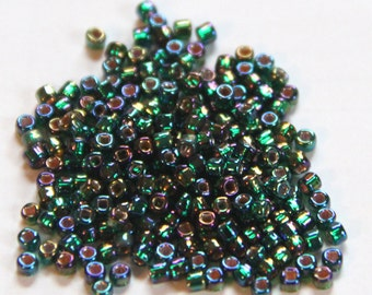 Matsuno AB Emerald (with Silver Lined Square Hole) Round 8/0 Seed Bead