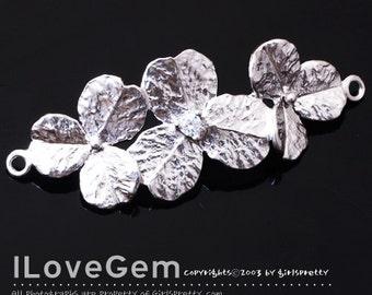 NP-1332 Matt Rhodium plated, Triple Flower, Pendant for Bracelet, 1pc