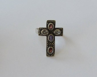 Vintage Sterling SIlver Marcasite Cross Ring