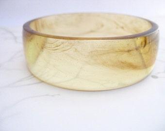 Coffee brown resin bangle bracelet jewelery , pale amber and walnut streaked bangle bracelet resin jewellery , resin jewellery australia