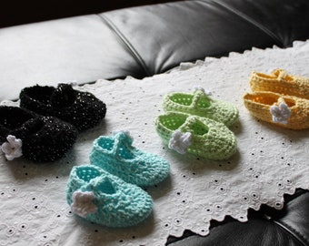 Baby Booties with Flower Buttons