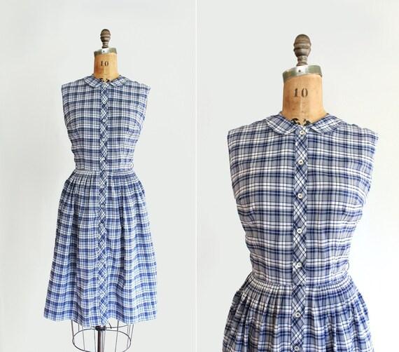 60s dress - vintage 1960s dress - 60s shirtwaist day dress - gingham plaid print - picnic dress - blue & white - sleeveless - Medium