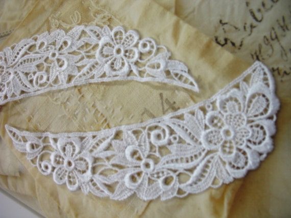 """24 pieces 9"""" length White Floral venise lace collar in 12 sets for altered your fashion designs"""