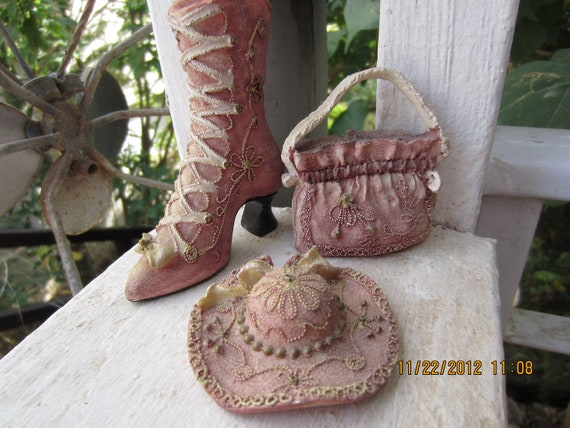 Vintage Miniature Hat, Shoe and Purse Set
