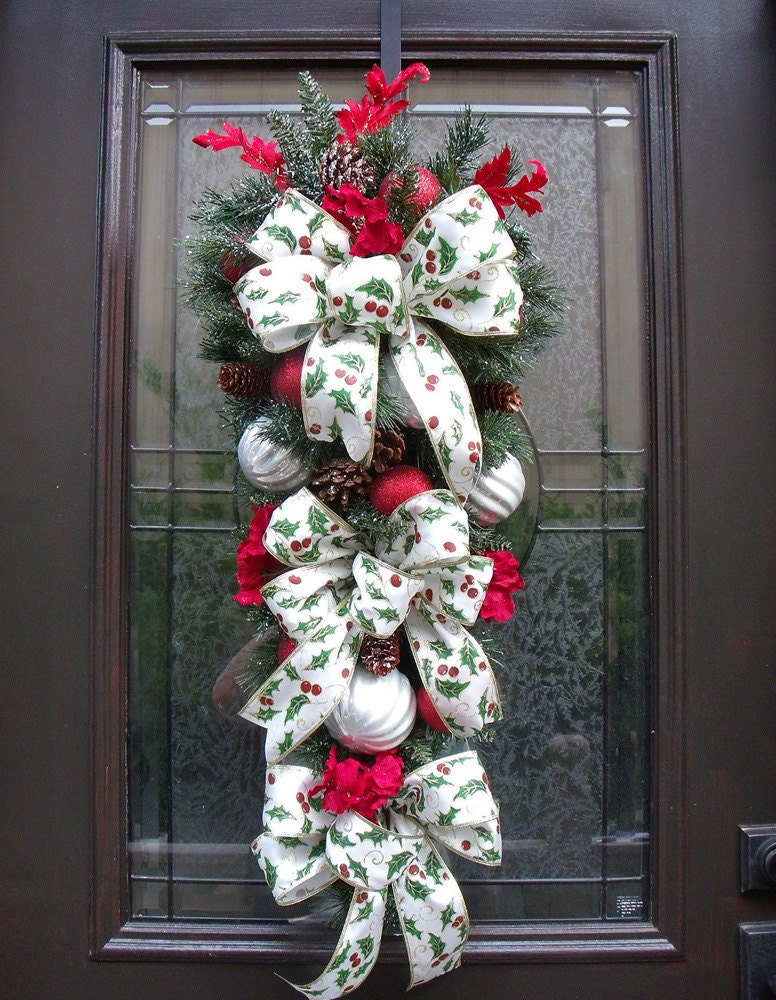 Christmas swag christmas wreath christmas teardrop winter for Christmas swags and garlands to make