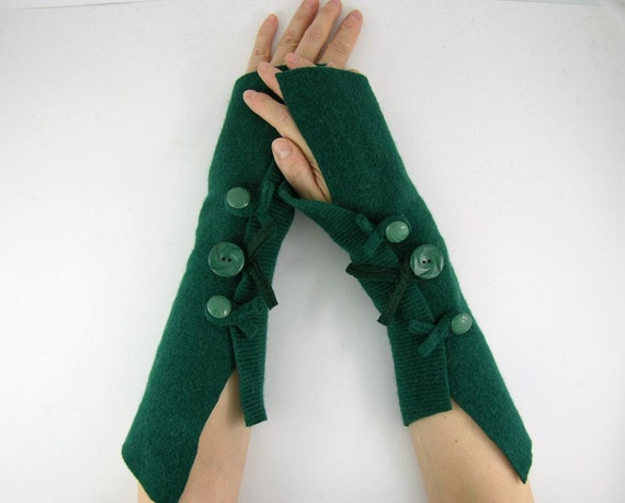 Fingerless mittens arm warmers fingerless gloves arm cuffs forest emerald green eco friendly recycled wool tagt curationnation