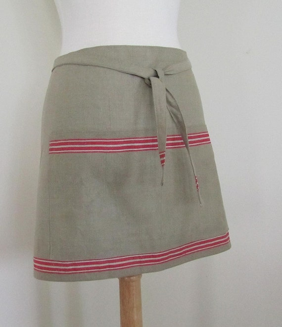 Red Stripe Apron-Waitress or KItchen Uniform-European Hardweaing Super Absorbent Mangle Cloth