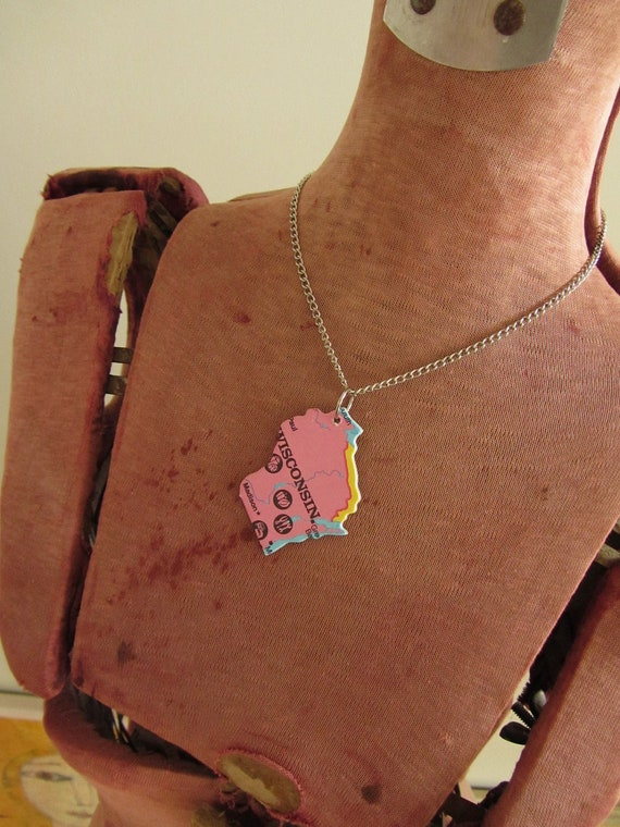 WISCONSIN - Repurposed Vintage USA State Puzzle Piece Pendant - Womens Upcycled Jewelry Jewellery