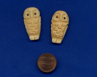 2 Bone Owl Beads, Carved on both sides, Lot 277, Nice