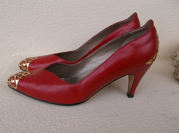 80s red leather shoes with gold tone metal scroll work/ toe and heel /9