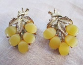 Vintage Silver Tone Honey-Gold Flat Buttons and Leaf Clip On Earrings