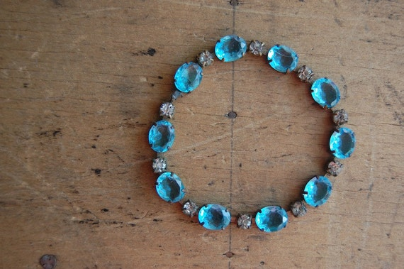 Czech glass bracelet / 1930s jewelry / BROOKSIDE
