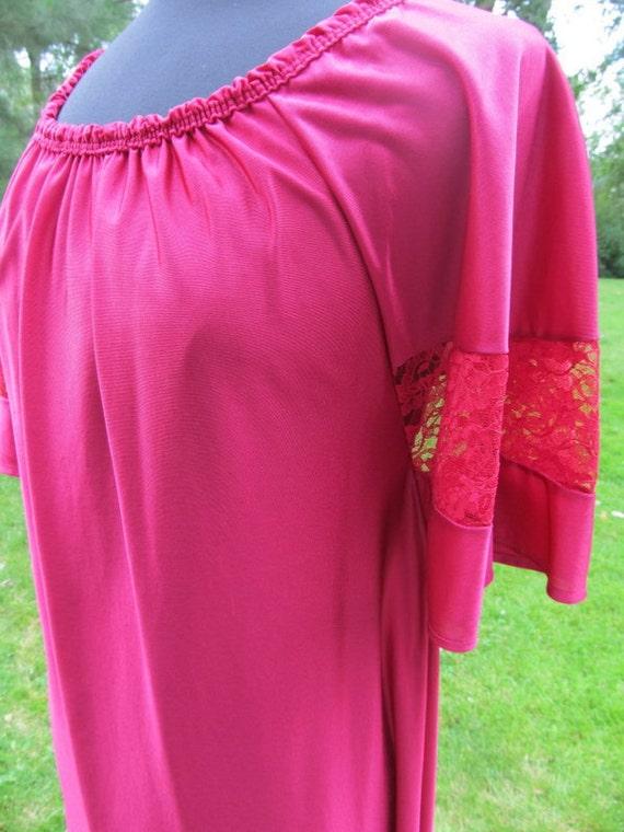 Vintage Bernette of New York Fuschia Nightgown / Lounge Dress