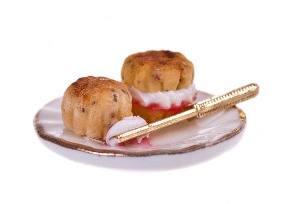 jam and cream scone dollhouse miniature