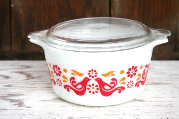 Vintage Pyrex Pennsylvania Dutch Bird Casserole Dish - 1 Qt