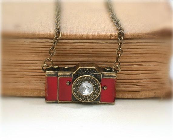 Mini Camera - Vintage Style Antique Bronze Camera Necklace