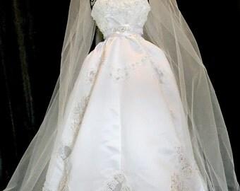 Bridal shower deoration, centerpiece wedding reception  Wedding reception and Bridal  shower centerrpiece  bridal bouquetsl, rhinestones