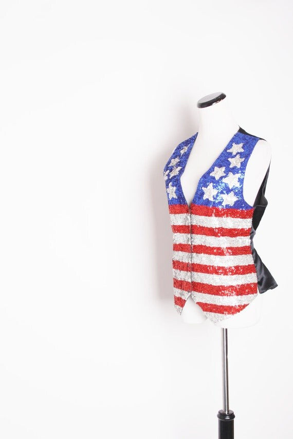 American Flag Clothing / Vintage Vest / Vintage American Flag / American Flag / Sequin Fashion / Patriotic / Hippie /   1382