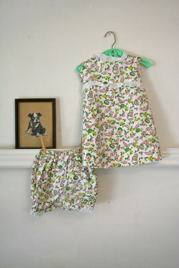 LAST CALL... sale // vintage girls dress set - WATERMELON novelty print dress & bloomer / 2-3t (low domestic shipping)