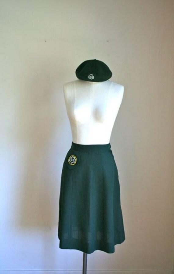 vintage official girl scout uniform - THIN MINTS pencil skirt & barrett hat / XS