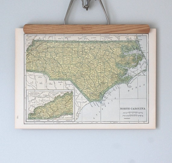 40s Antique State Map of North Carolina and North Dakota