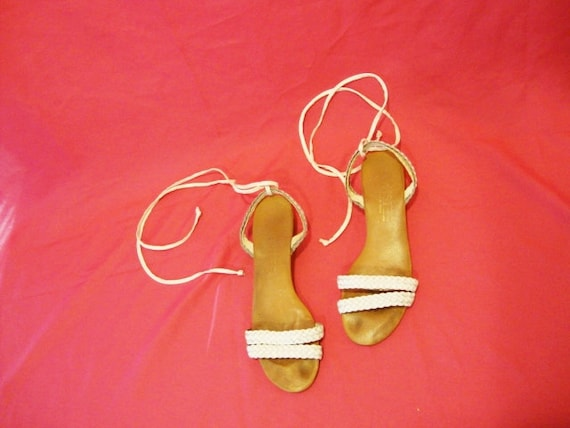 Size 7.5 White Leather Mini Wedge SANDALS Shoes