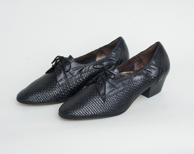 Size 7 or 7.5 Hand Woven Black leather lace up heeled shoes Dead stock Vintage