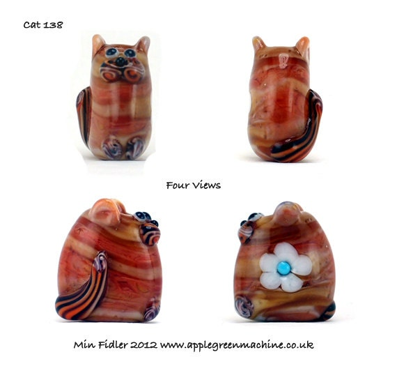 Lampwork glass cat bead 138