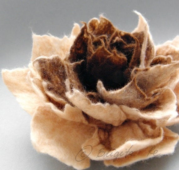 Chocolate Caramel Cream Felt Felted Flower Brooch