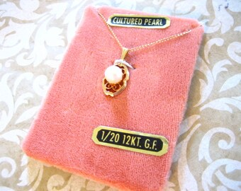 Vintage Cultured Pearl GF Necklace on Original Card 50s