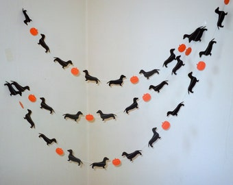 Halloweenie Garland with Dachshunds and Pumpkins