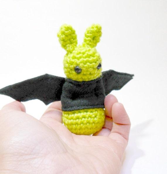Amigurumi Bat Wings : Amigurumi crochet animal bat Halloween lime by ...
