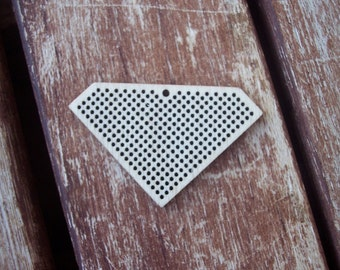 DO IT YOURSELF. Wood Needlecraft Pendant, Brooch, Necklace or Earring -2 pieces Blanks-