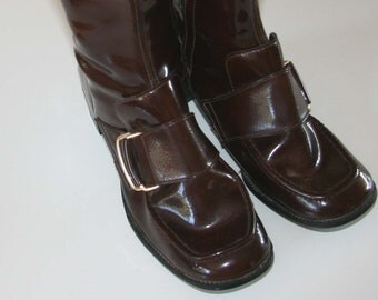 50% Off!!!!!! Groovy and SO Mod 1960s Go Go Boots...made in Japan Size 6.5