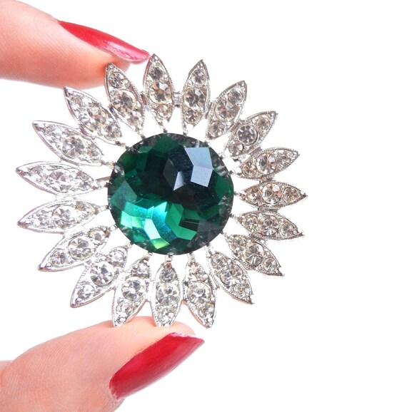 Vintage Star Burst Green Glass Brooch - Silver Tone Pin with Rhinestones / Kathleen