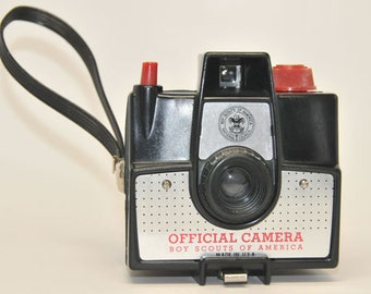 VINTAGE Camera, BOY SCOUT Logo, Imperial 620 Camera