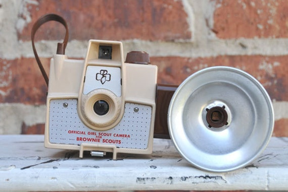 reserved CAMERA, VINTAGE Girl Scout Imperial Mark XII with Flash