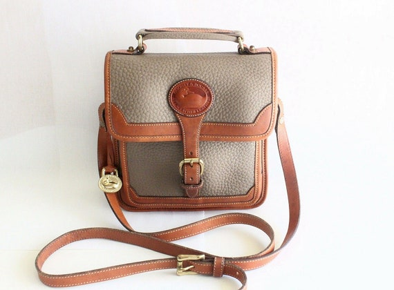 Vintage Dooney and Bourke Taupe Color Pebble Leather and Tan Leatehr Trim Cross Body Shoulder Bag // DB-1000