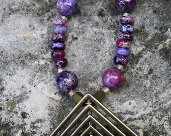 Gorgeous Purple Necklace with Geometric Pendant