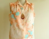Vintage 1970s Sleeveless Floral Blouse